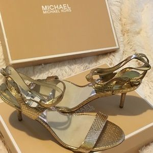 Michael Michael Kors Shoes/Kaylee Mid